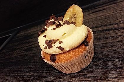 Banana-Split-Cupcakes 15