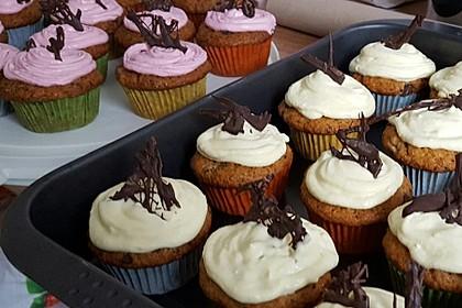 Banana-Split-Cupcakes 30