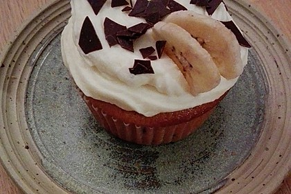 banana split cupcakes rezept mit bild von cylea. Black Bedroom Furniture Sets. Home Design Ideas
