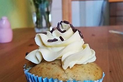 Banana-Split-Cupcakes 24