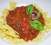 Feurige Tomatensauce mit Sardellenfilets