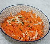 Chinakohl-Karotten Salat (Bild)