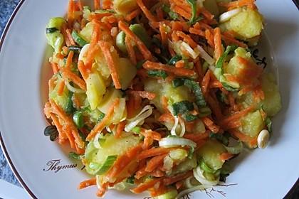 Kartoffelsalat mit Lauch und Karotten 3