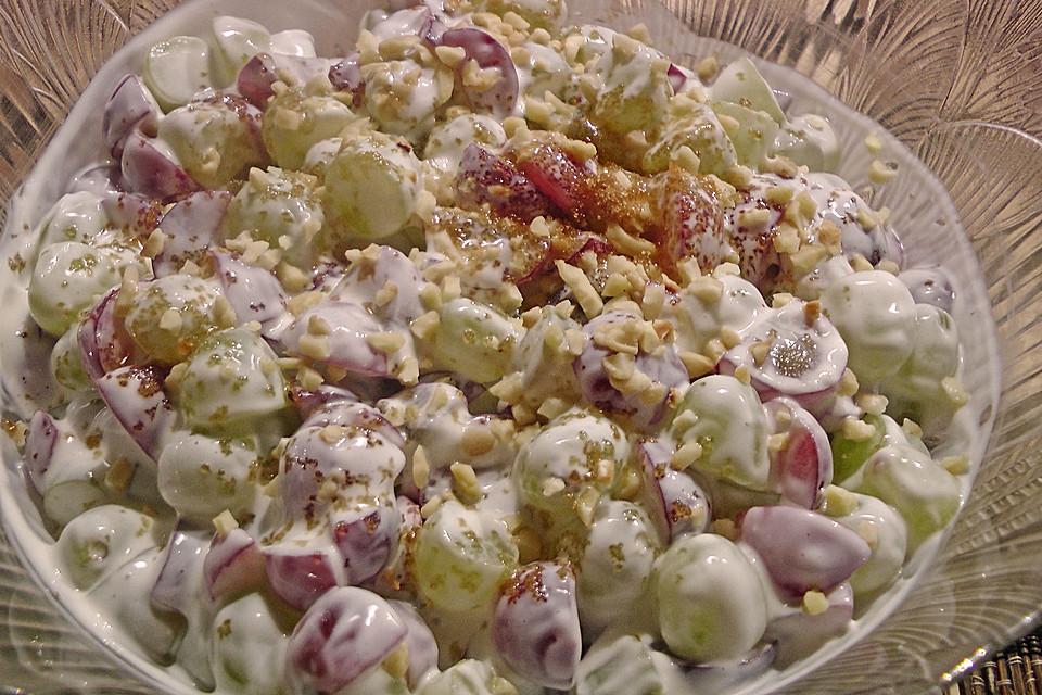 amerikanischer weintraubensalat mit frischk se und sour cream von sukeyhamburg17. Black Bedroom Furniture Sets. Home Design Ideas