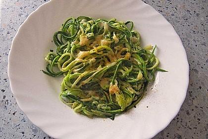 """Zucchini-Nudeln """"aglio e olio"""" 15"""