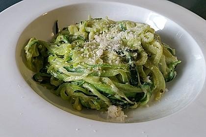 """Zucchini-Nudeln """"aglio e olio"""" 4"""
