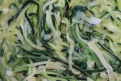"""Zucchini-Nudeln """"aglio e olio"""" 32"""