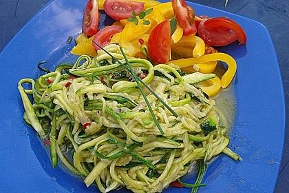 """Zucchini-Nudeln """"aglio e olio"""" 5"""