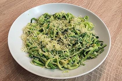 """Zucchini-Nudeln """"aglio e olio"""" 19"""