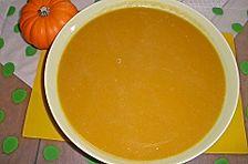Kürbis-Maroni-Kartoffelsuppe