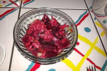 Rote Bete-Salat mit Apfel und Zwiebel 3