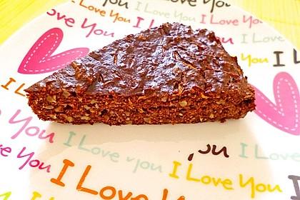 Low-Carb Haselnuss-Schokoladenkuchen mit Zucchini 4