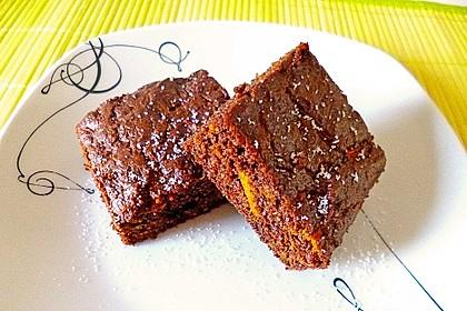Low-Carb Haselnuss-Schokoladenkuchen mit Zucchini 2