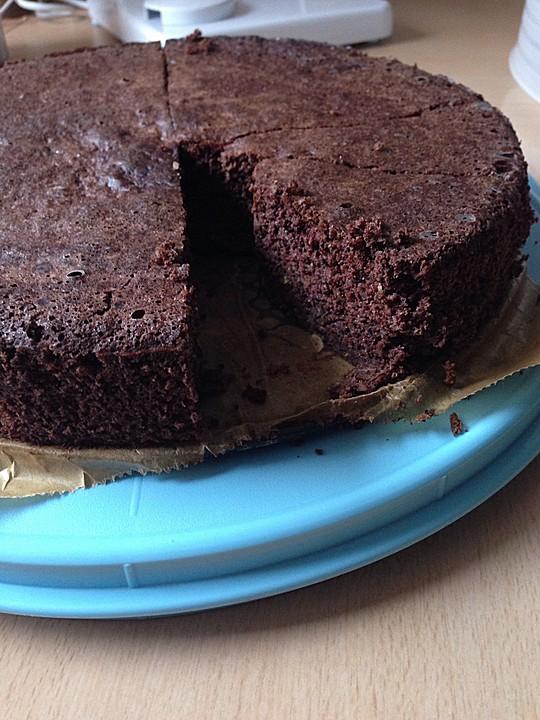 low carb haselnuss schokoladenkuchen mit zucchini rezept. Black Bedroom Furniture Sets. Home Design Ideas