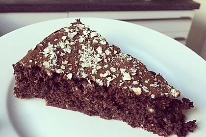 Low-Carb Haselnuss-Schokoladenkuchen mit Zucchini 1