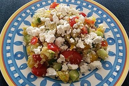 Quinoa Powersalat mit Tomaten und Avocado 25