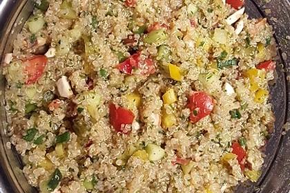 Quinoa Powersalat mit Tomaten und Avocado 39