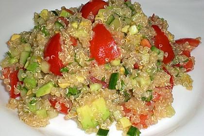 Quinoa Powersalat mit Tomaten und Avocado 23