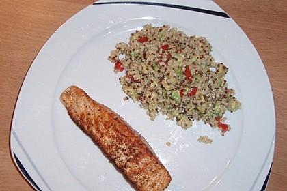 Quinoa Powersalat mit Tomaten und Avocado 27
