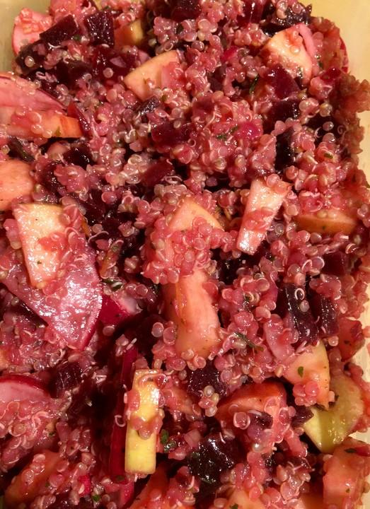 rote bete salat mit quinoa rezept mit bild von nurtro. Black Bedroom Furniture Sets. Home Design Ideas
