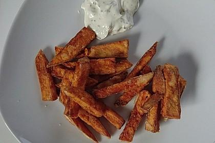 Knusprig frittierte Süßkartoffel-Pommes 18