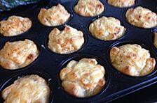 Zwiebelkuchen-Muffins mit Feta