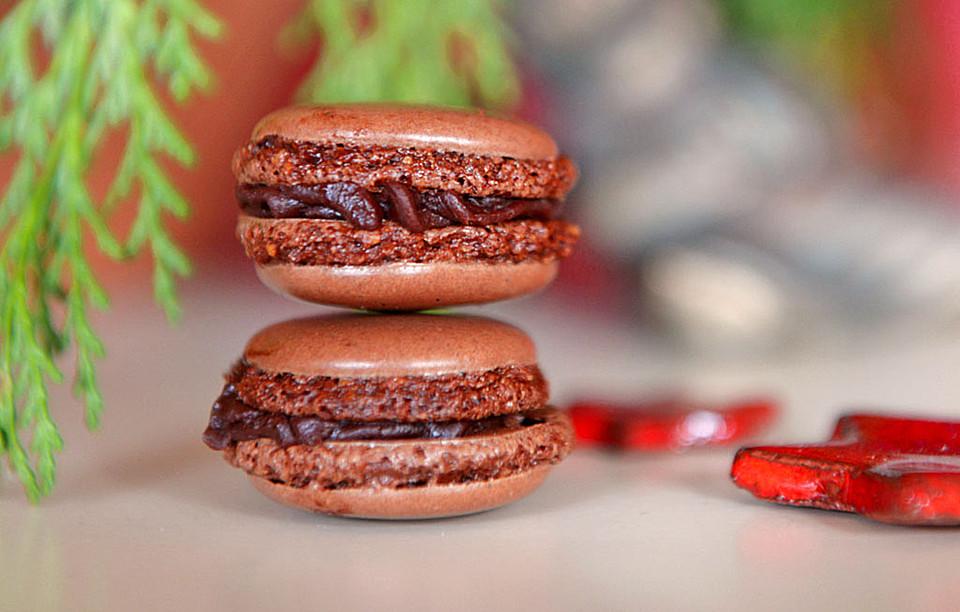 schokoladen mandel macarons von hexe 67. Black Bedroom Furniture Sets. Home Design Ideas