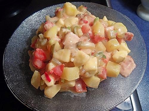 Herzhafter Single-Salat mit Joghurt-Senf-Dressing (Rezept mit Bild ...