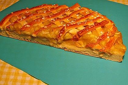 Apfelmus-Kuchen mit Hefeteig 1