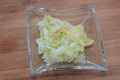 Spitzkohl, authentisch als Salat