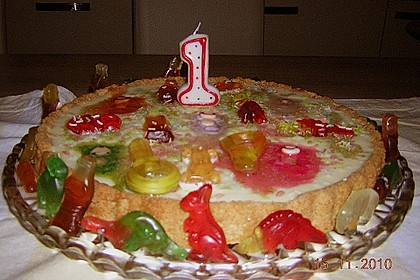 Gummibären Torte 13