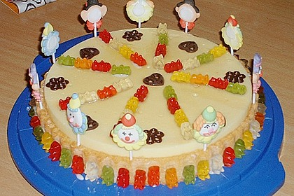 Gummibären Torte 9
