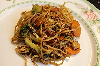 Vegetarisches Chow Mein
