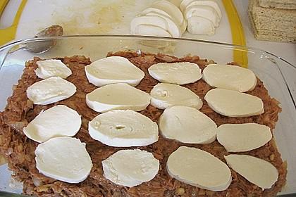 Brotauflauf mit Hackfleisch und Mozzarella 1