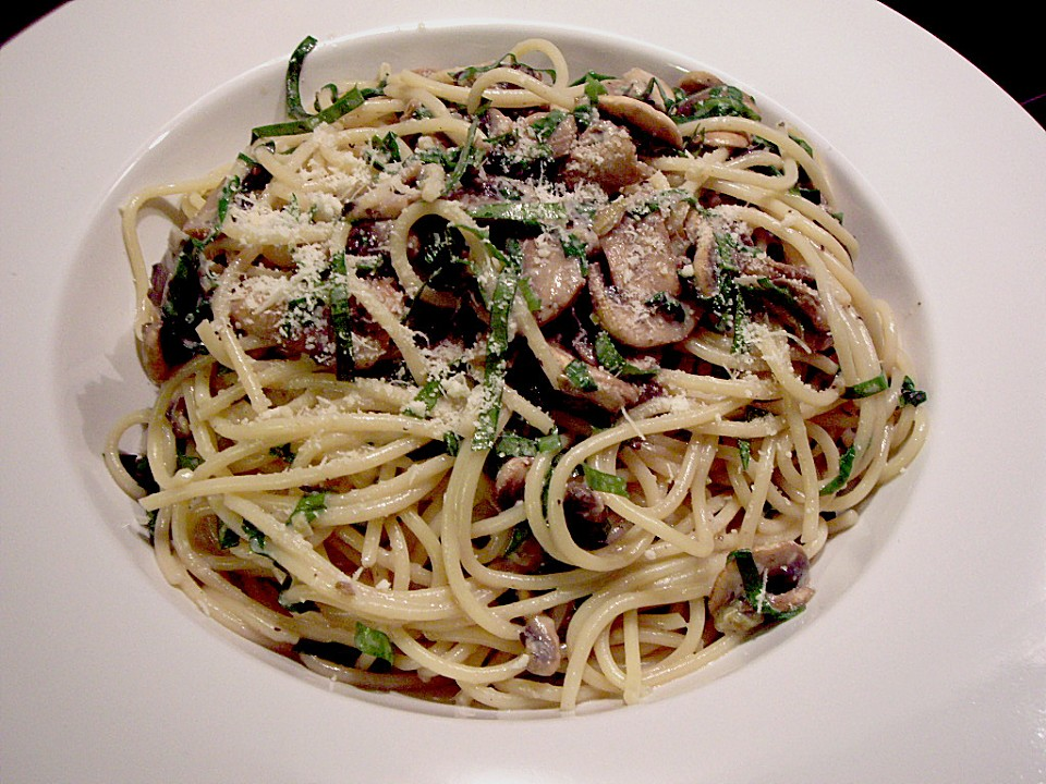 b rlauch spaghetti mit champignons von imar. Black Bedroom Furniture Sets. Home Design Ideas