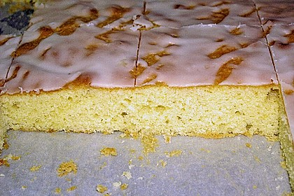 Schneller Zitronenkuchen auf dem Blech 38