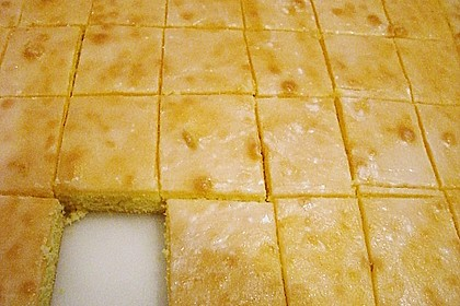 Schneller Zitronenkuchen auf dem Blech 44
