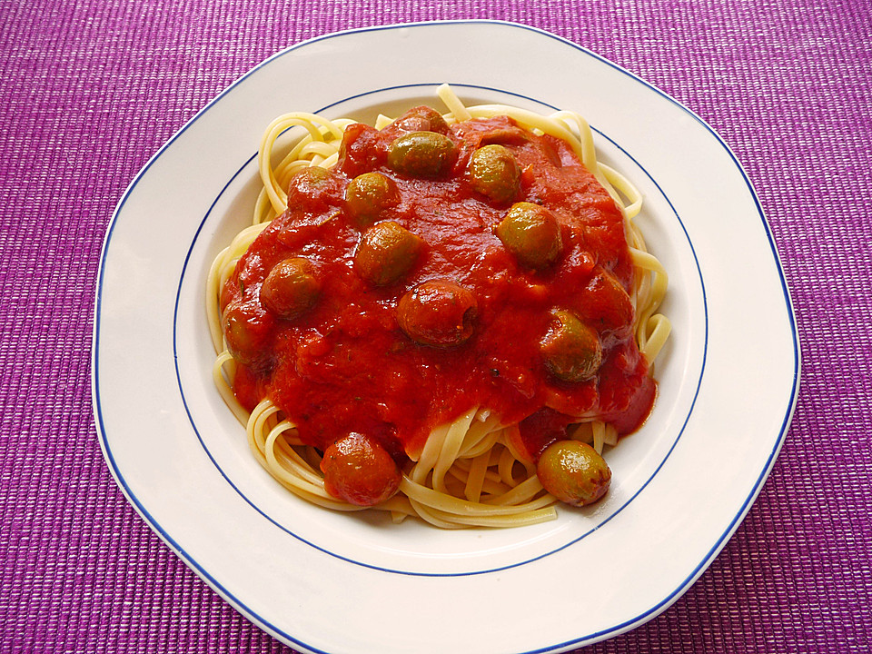 spaghetti mit tomatensauce rezept mit bild von silverl. Black Bedroom Furniture Sets. Home Design Ideas