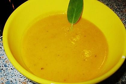 Kürbissuppe mit Ingwer und Kokosmilch 225