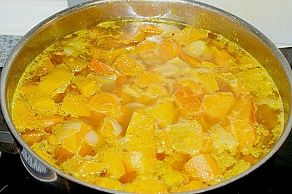 Kürbissuppe mit Ingwer und Kokosmilch 200
