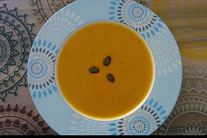Kürbissuppe mit Ingwer und Kokosmilch 50
