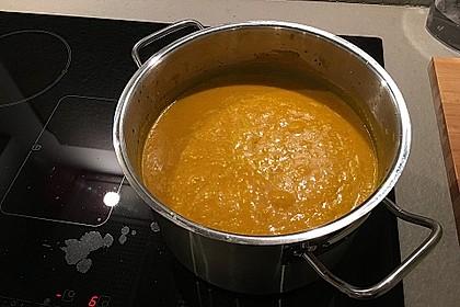 Kürbissuppe mit Ingwer und Kokosmilch 207