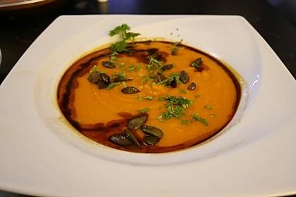 Kürbissuppe mit Ingwer und Kokosmilch 72