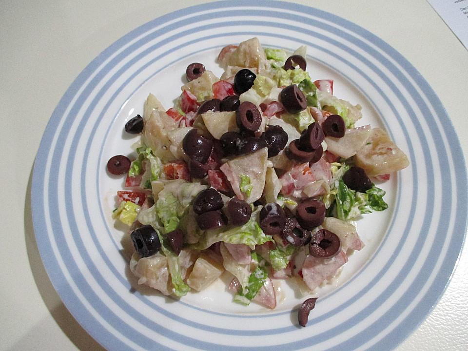 bunter salat mit paprika kartoffeln cabanossi oliven rezept mit bild. Black Bedroom Furniture Sets. Home Design Ideas