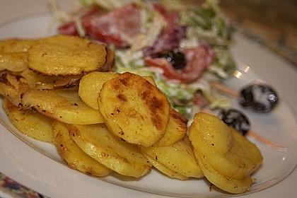 Amerikanische Parmesankartoffeln, im Ofen gebraten 5