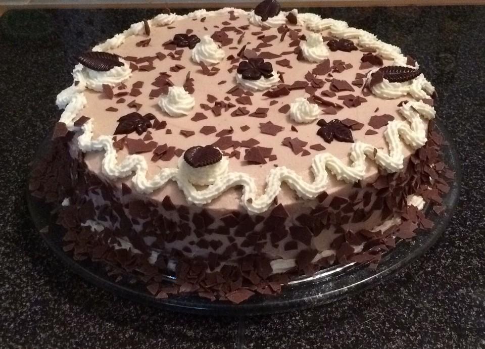 kinder schokolade torte rezepte. Black Bedroom Furniture Sets. Home Design Ideas