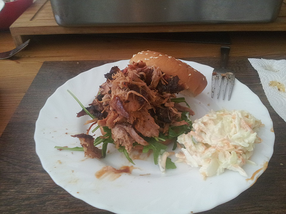 Pulled Pork Gasgrill Deutsch : Pulled pork aus dem smoker von chefkoch video chefkoch.de