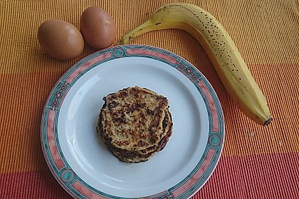 Bananen-Ei Pancakes aus 2 Zutaten 8