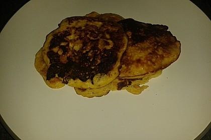 Bananen-Ei Pancakes aus 2 Zutaten 11
