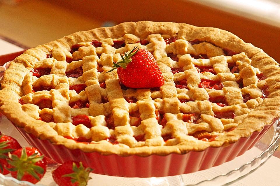Martha Stewart\'s Erdbeer-Rhabarber-Pie von zaubercraft   Chefkoch.de